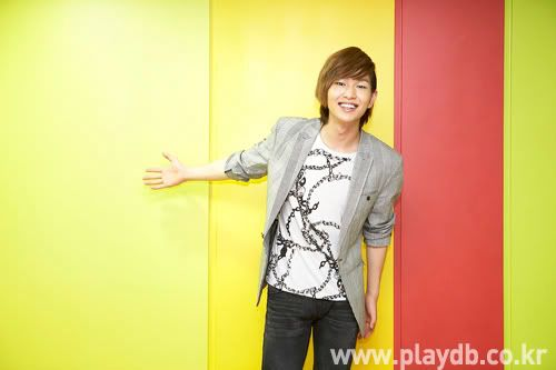 [Official] 10.09.2010 Onew Musical Interview & Review at Playdb 040009100925651m