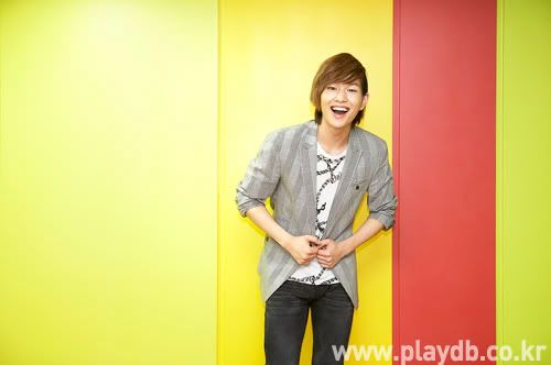 [Official] 10.09.2010 Onew Musical Interview & Review at Playdb 040009100925652m