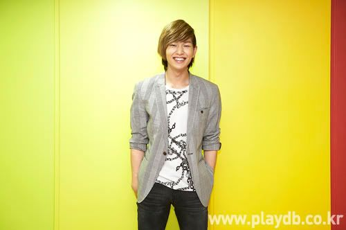 [Official] 10.09.2010 Onew Musical Interview & Review at Playdb 040009100925654m
