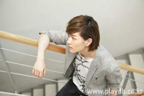 [Official] 10.09.2010 Onew Musical Interview & Review at Playdb 040009100925655m