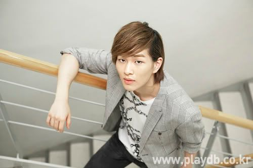 [Official] 10.09.2010 Onew Musical Interview & Review at Playdb 040009100925656m