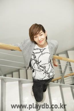 [Official] 10.09.2010 Onew Musical Interview & Review at Playdb 040009100925660m