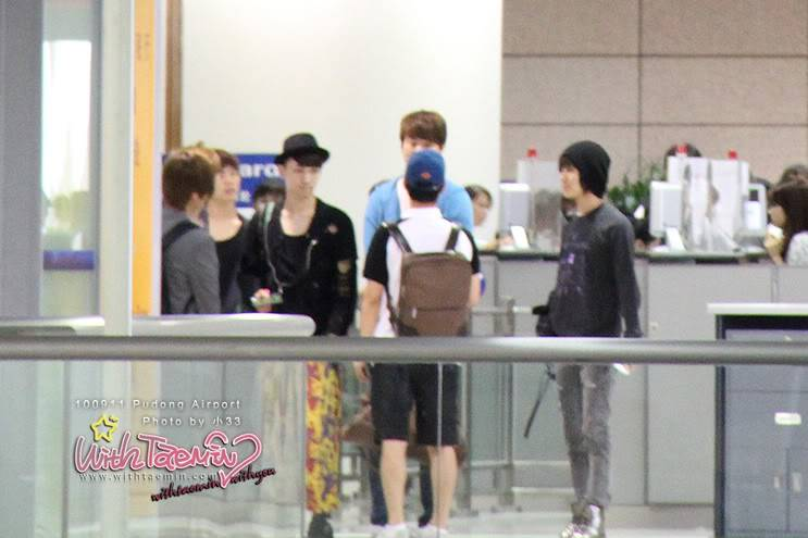 [Unofficial] 11.09.2010 SHINee in Pudong airport 11625427ohkr29