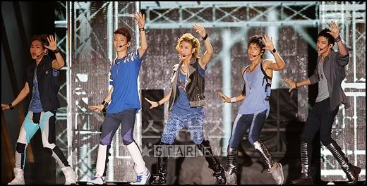 [Perf] 29.8.2010 SHINee at 2010 Incheon Korean Music Wave Concert 20100829204139554911