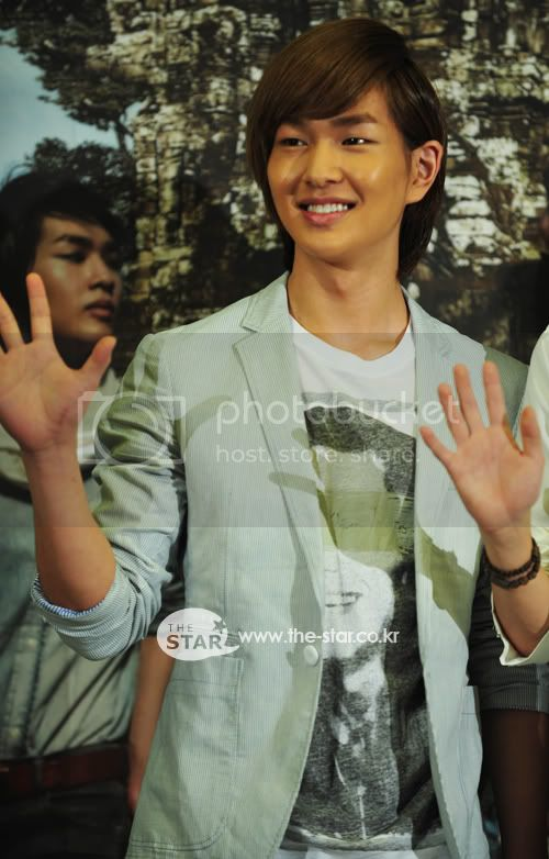 [Official] 5.8.2010 Onew ONE FINE DAY 62105378