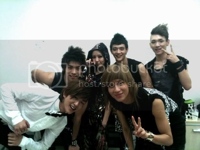 [Other] 7.8.2010 BoA viết về SHINee trên twitter G42k