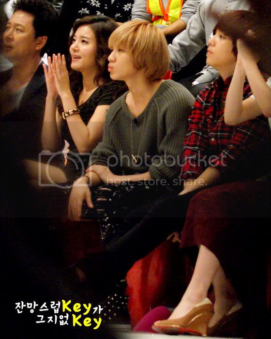 [SHOW] 04.10.2010 - SHINee recording StarKing Starking2