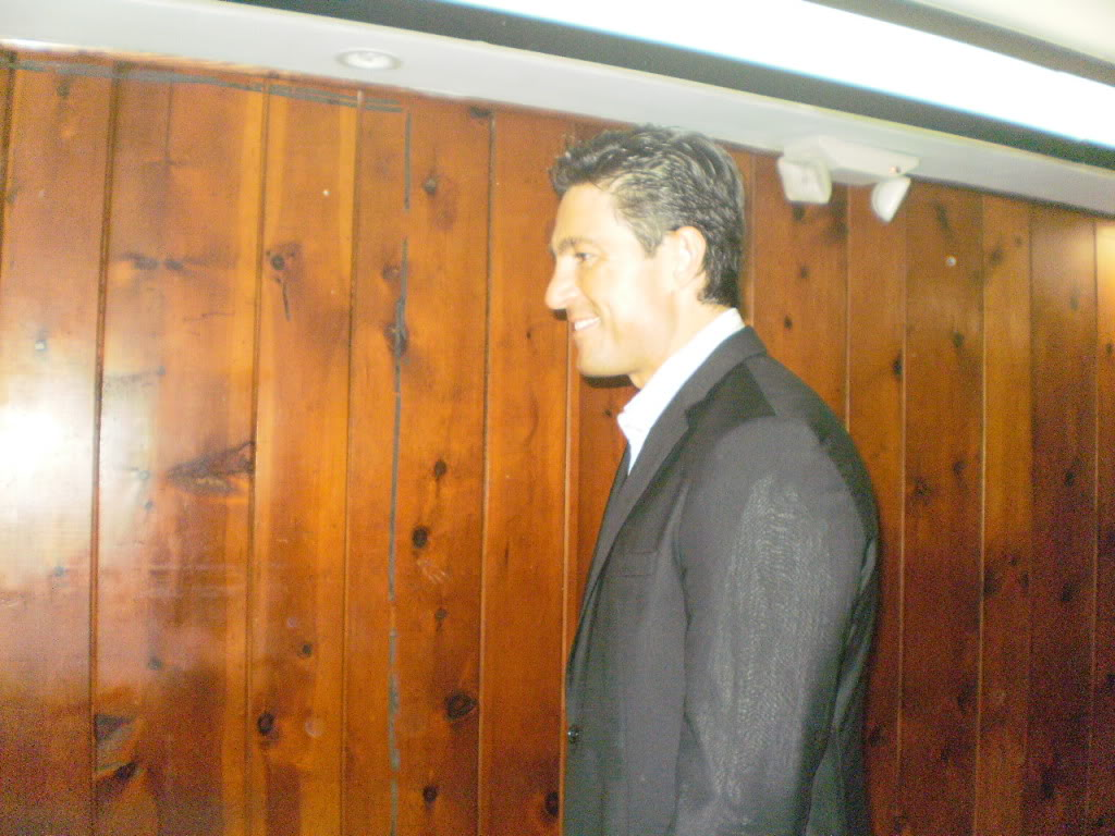 Fernando Colunga - Page 39 P2290500