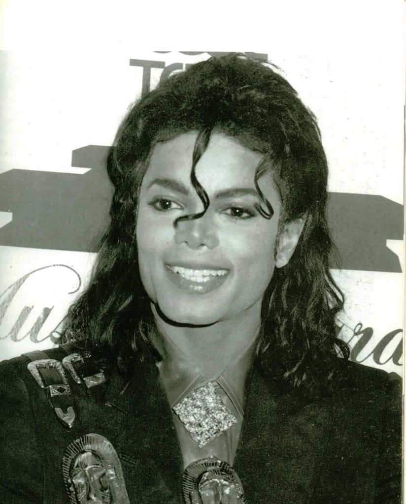 Your fav MJ Pictures ! Please post yours.. Vid