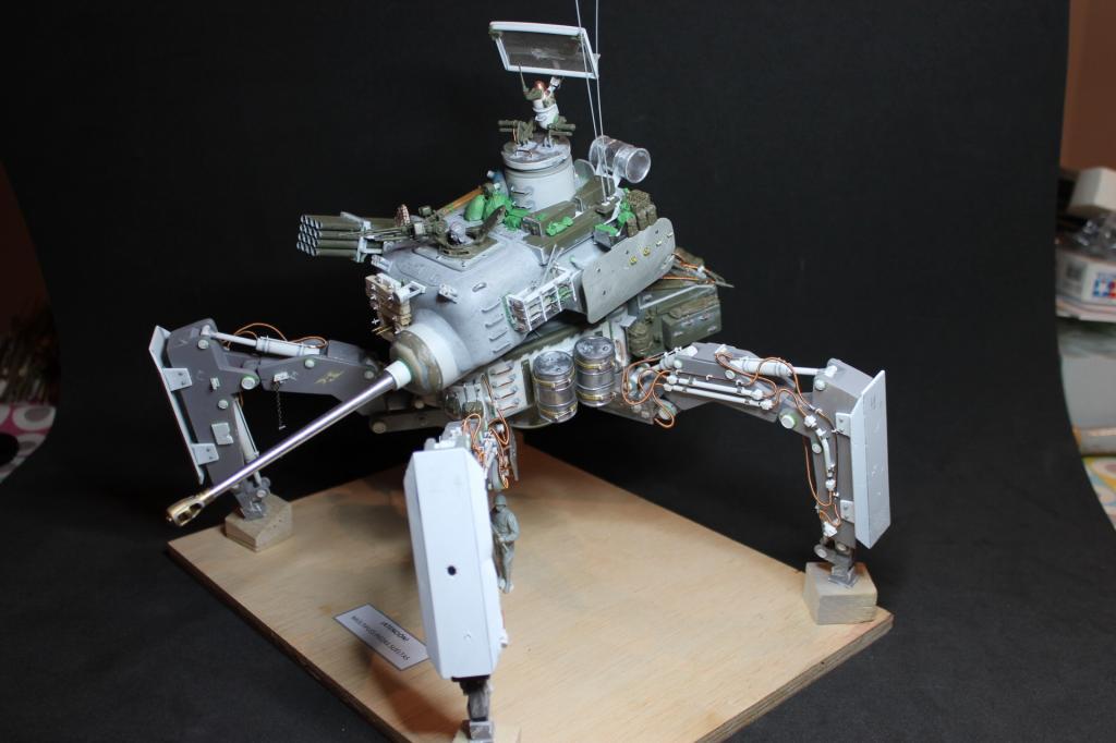Soviet walker sci-fi IMG_2889_zps51ec1dab