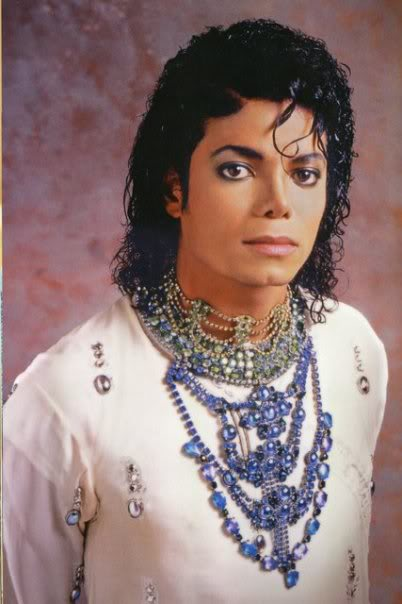 Michael Jackson & Double were caught in video..New Evide 14432_1262505250553_1467363540_7145