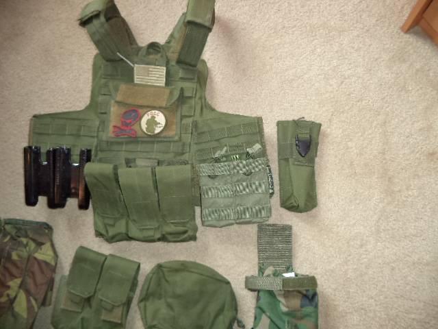 Appraisal MarCiras vest and pouches OD Green DSC00685_zps1ee30c21