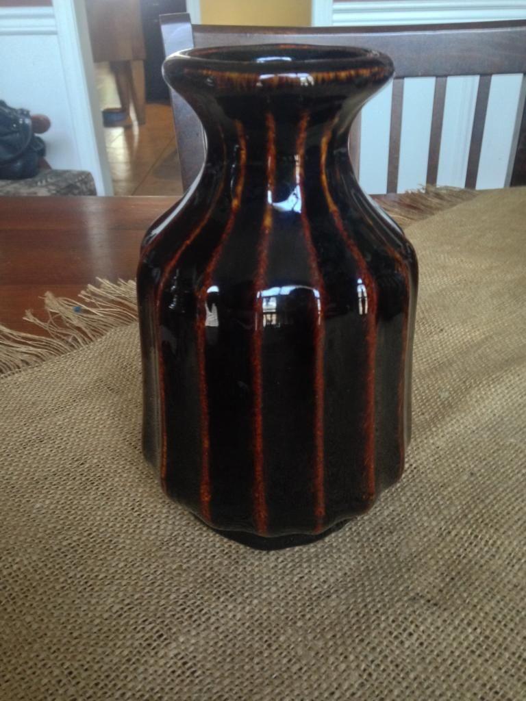 Dark brown glossy ribbed vase  IMG_3760_zps87e5bcec