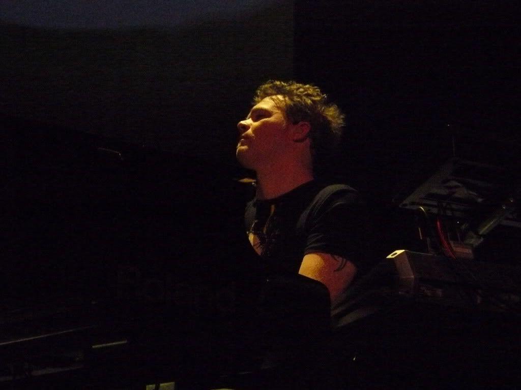 THEATRE TOUR 2010 -solo foto!!!! - Pagina 2 P1000879