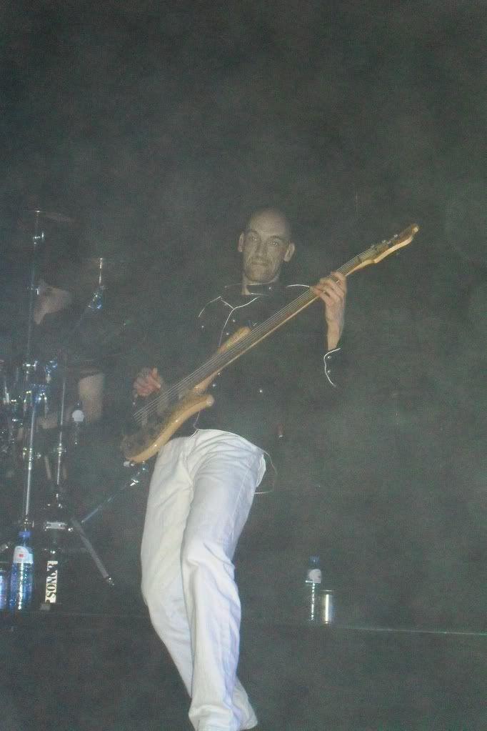 THEATRE TOUR 2010 -solo foto!!!! - Pagina 2 SDC11140