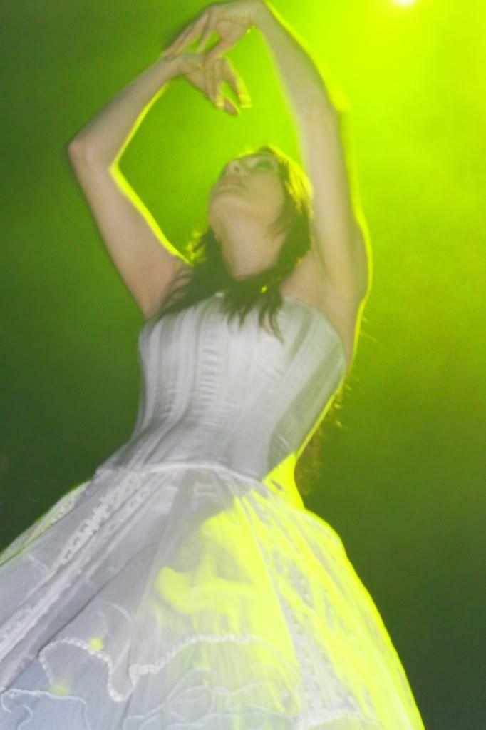 THEATRE TOUR 2010 -solo foto!!!! - Pagina 2 SDC11170