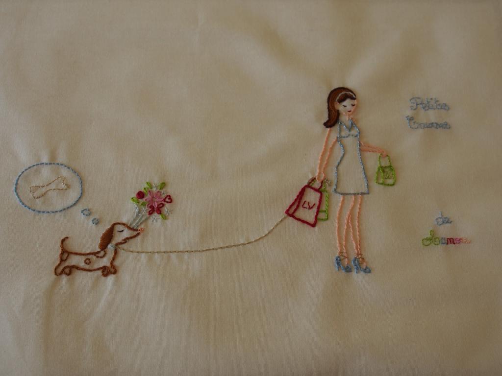 Un sac shopping pour ma maman... (broderie de Sylvie Blondeau) P1010087_zps80268d8b