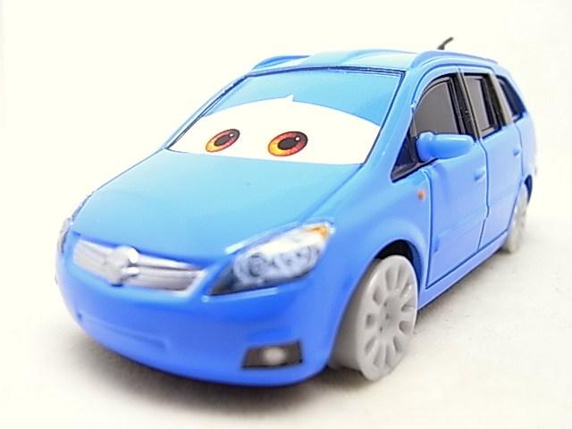 [Cars 2] Opel Zafira sans pneus - Page 2 R0015750