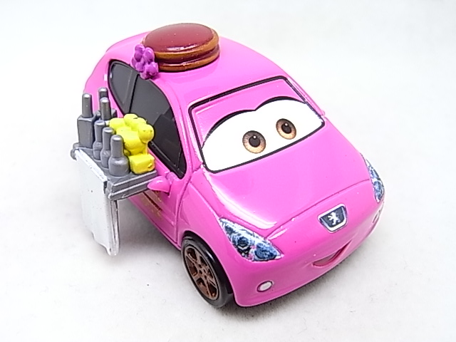 [Cars 2] Mary Esgocar R0017732