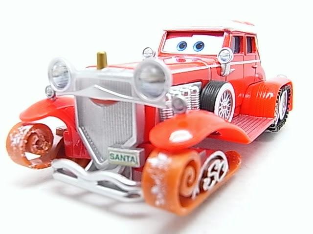 Santa Cars, Mater, Luigi, Guido, Fillmore guirlandes (Mater Saves Chistmas) RIMG8542