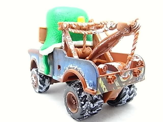 Santa Cars, Mater, Luigi, Guido, Fillmore guirlandes (Mater Saves Chistmas) RIMG8572