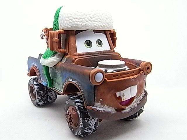 Santa Cars, Mater, Luigi, Guido, Fillmore guirlandes (Mater Saves Chistmas) RIMG8579