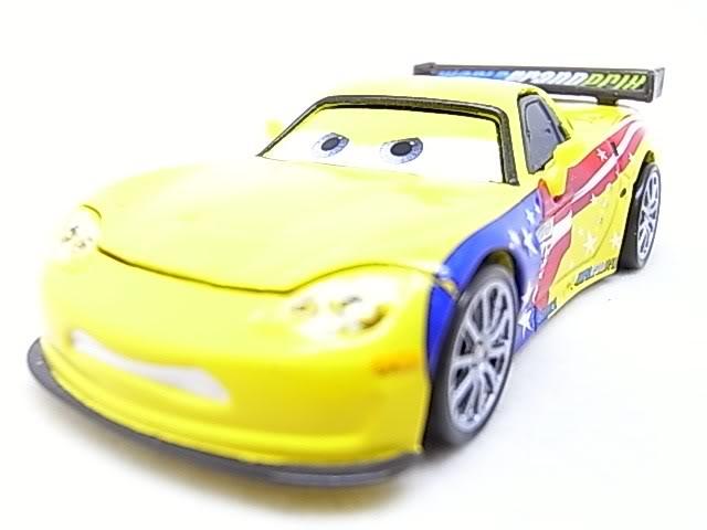 [Cars 2] Récapitulatif des personnages RIMG9067