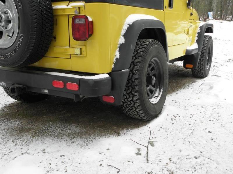 Andrew's Yellow Jeep Build. P1080347