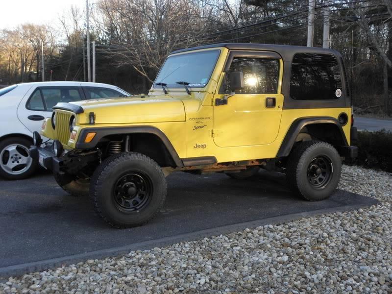 Andrew's Yellow Jeep Build. 120226-1656-21