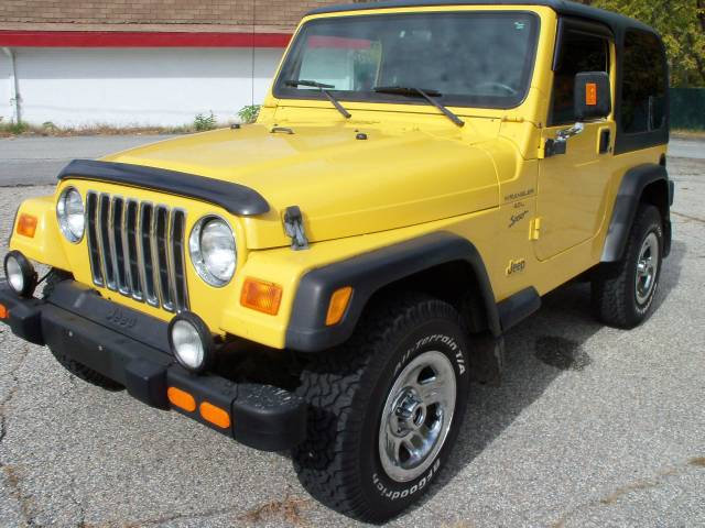 Andrew's Yellow Jeep Build. - Page 4 Full-2000-Jeep-Wrangler_20507_1