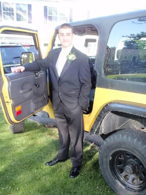 Andrew's Yellow Jeep Build. 120512-1625-18
