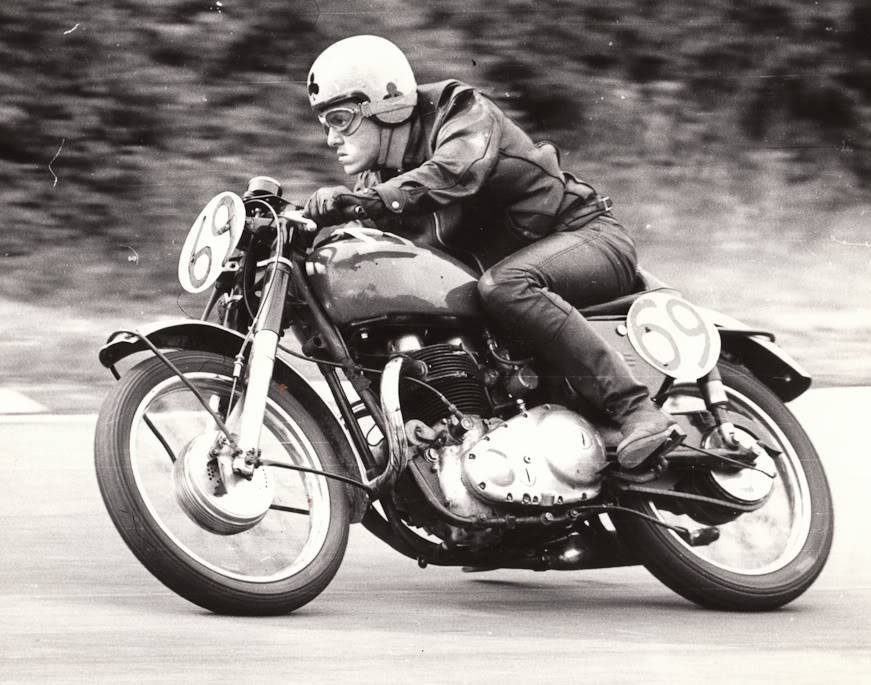 in action  Discovery-hd-theater-cafe-racer-caferacer-tv-vintage-motorcycles-ace-cafe-london-rockers-59club-norton-triumph-triton-honda-historic-phot-30
