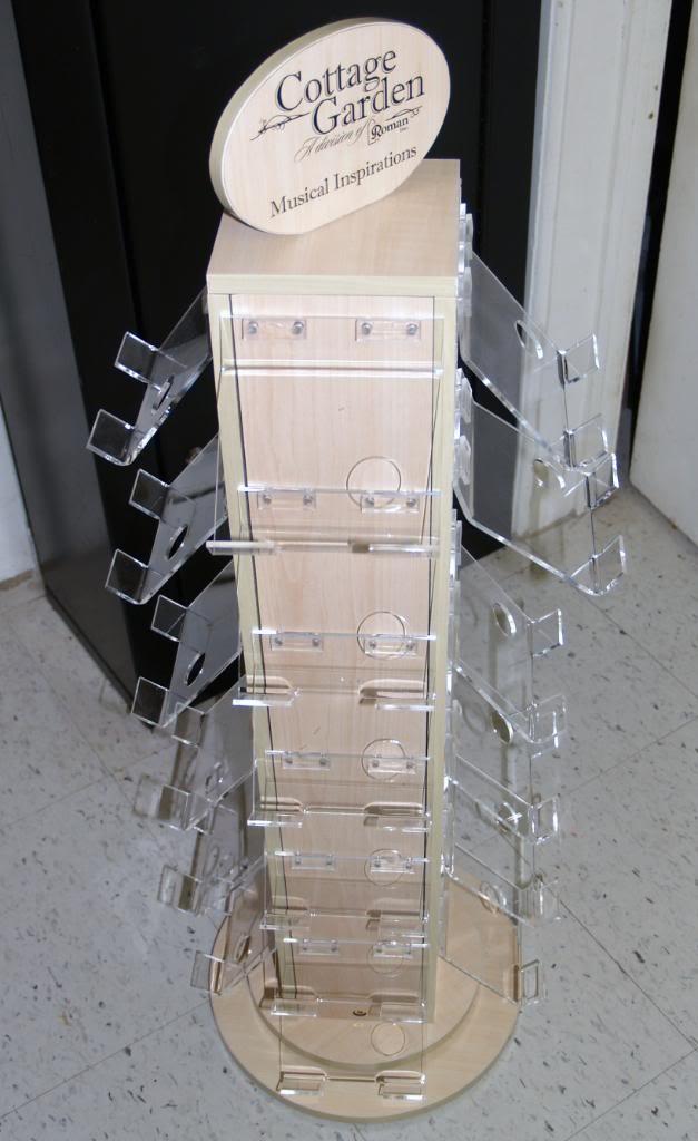 Display for baggie figures 099