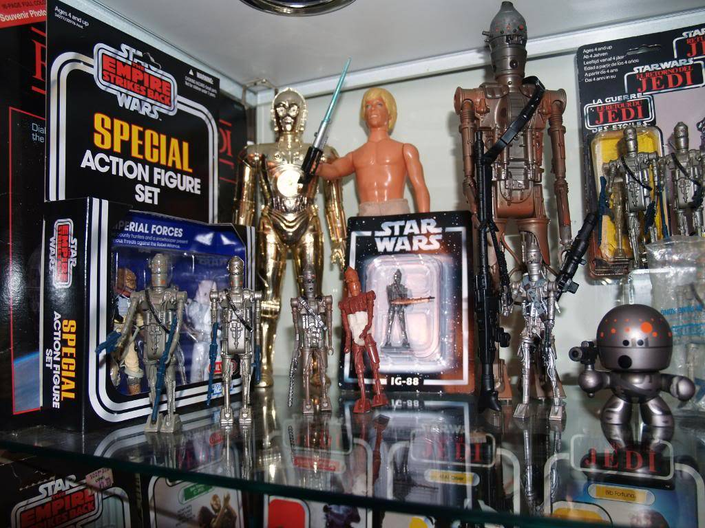 My IG-88 focus and my SW collection in general Update Dec. 11 2011 004-3