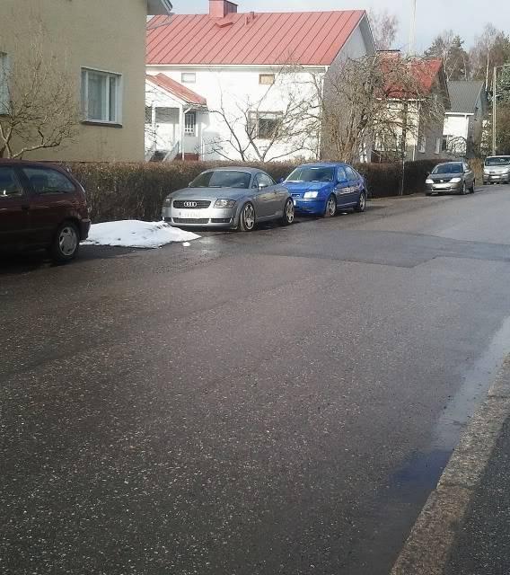 Kuvia foorumilaisten autoista - Sivu 4 2012-04-181752271