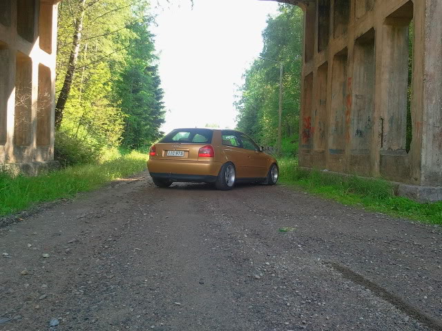 Audi TT 8N  4