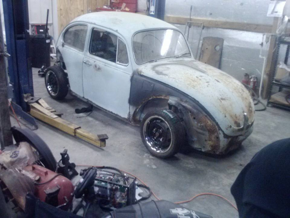 """""""Andrea"""" my bagged and body dropped 71 super beetle 10441167_719641484749141_1325573126695343430_n_zpsa14d3eda"""