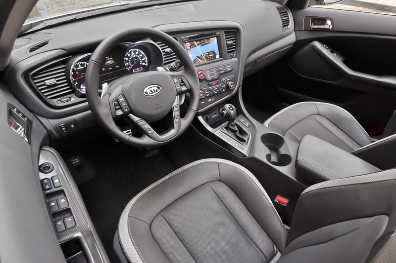 سيارة كيا أوبتيما  ولا أورع من هيك2011 Mini-2011-Kia-Optima-9