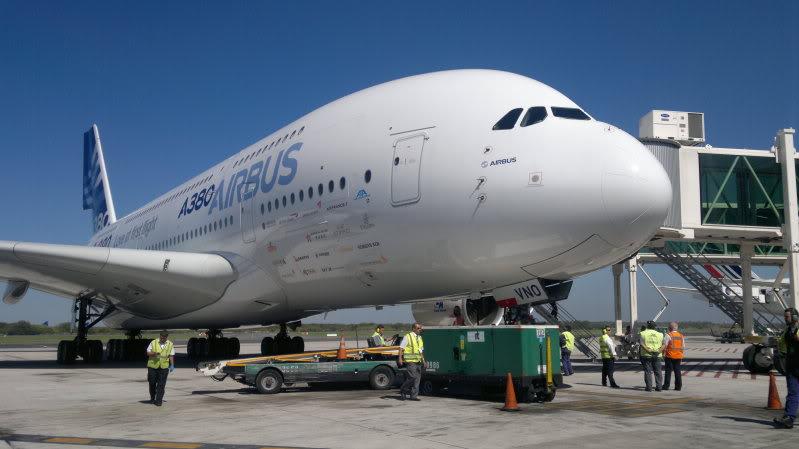 AIRBUS A380 WORLD TOUR - BUENOS AIRES, FOTOS EXCLUSIVAS 2012-03-30-606