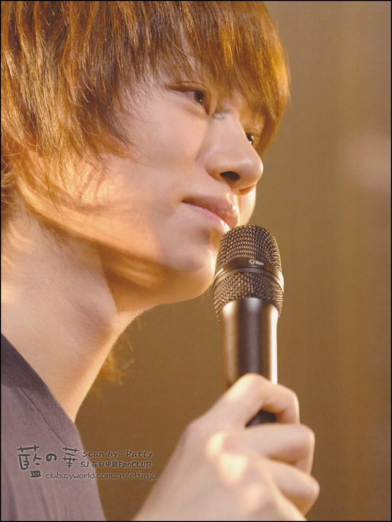 15/11/09 Premium live in Japan photo album  00665