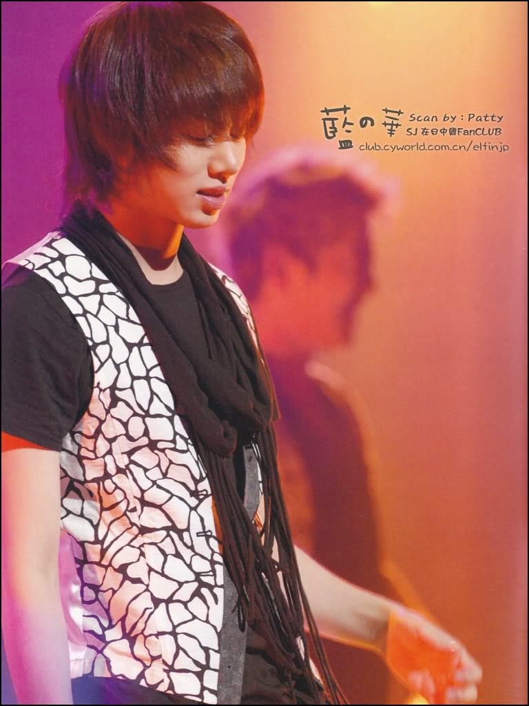 15/11/09 Premium live in Japan photo album  546456