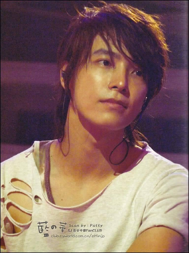 15/11/09 Premium live in Japan photo album  D