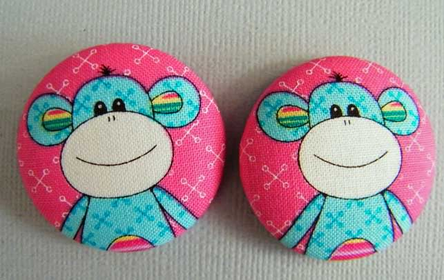 Fabric Buttons MarketST50-011