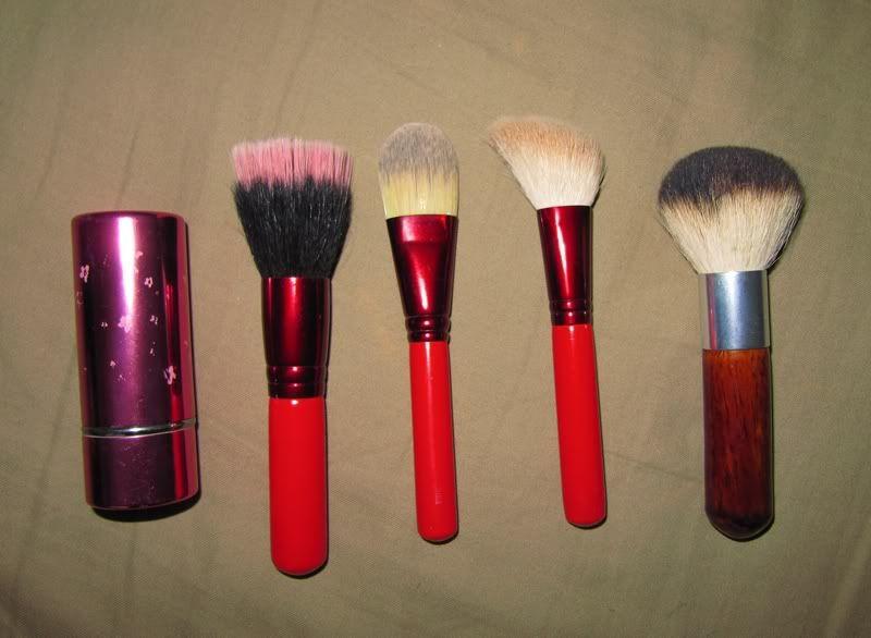 Comorile noastre -Makeup/Nails/Hair collection - Pagina 2 542af79b