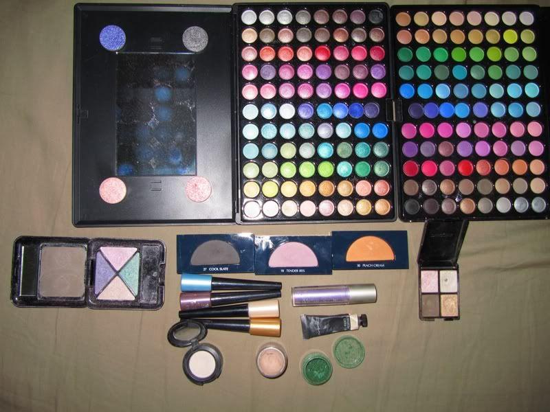 Comorile noastre -Makeup/Nails/Hair collection - Pagina 2 Def70a7a
