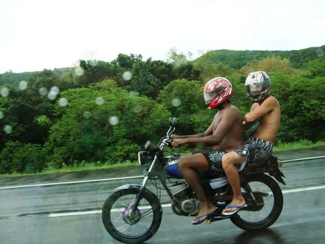 chinelos na estrada.... Jan2010038