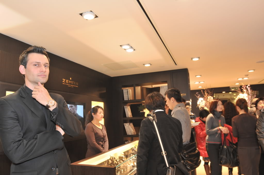 ZENITH installe une boutique en Chine Big_66_13