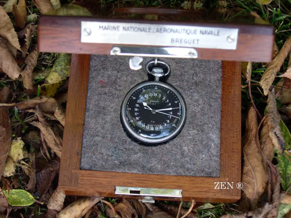Un petit tour du coté des chronomètres de marine BREGUETencoffretouvert1copie