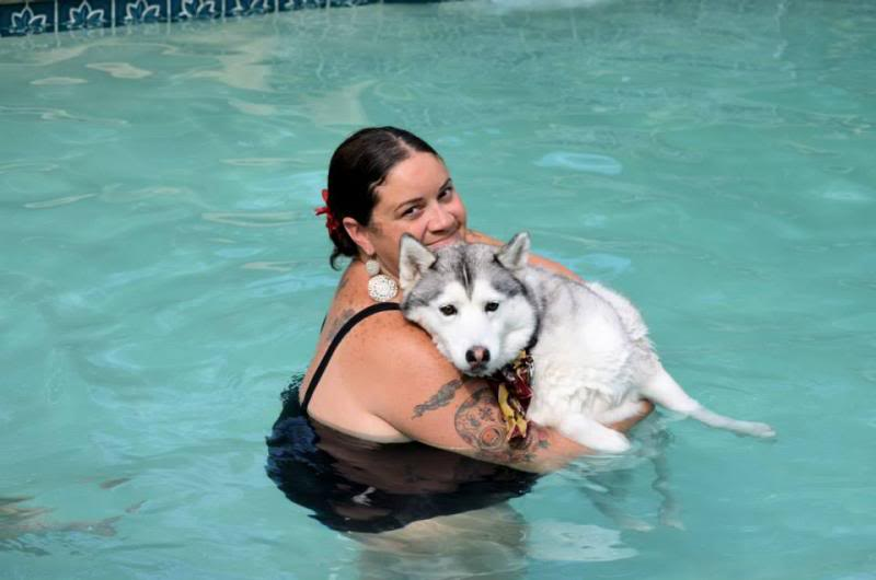 Husky Pool Party South FL Style!  1238924_10151858604735971_2062121186_n_zps78e83086