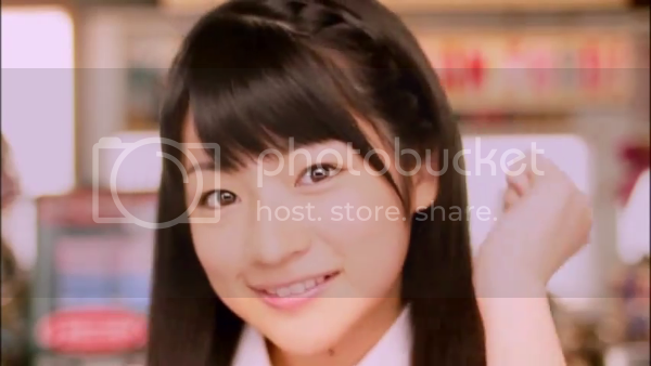 S/mileage - Onaji Jikyuu de Hataraku Tomodachi no Bijin Mama (PVs + Live) Vlcsnap-2010-12-10-18h06m34s140